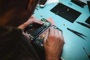 Cell Phone Problems and Repair in Newmarket, Ontario How often is servicing necessary